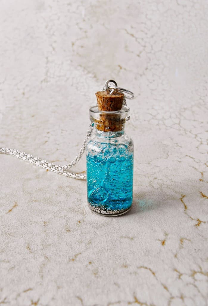 DIY Fairy Dust Bubble Wand Necklace