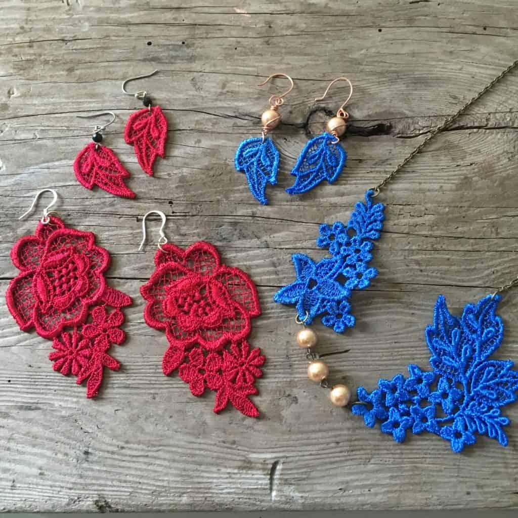 making lace jewelry
