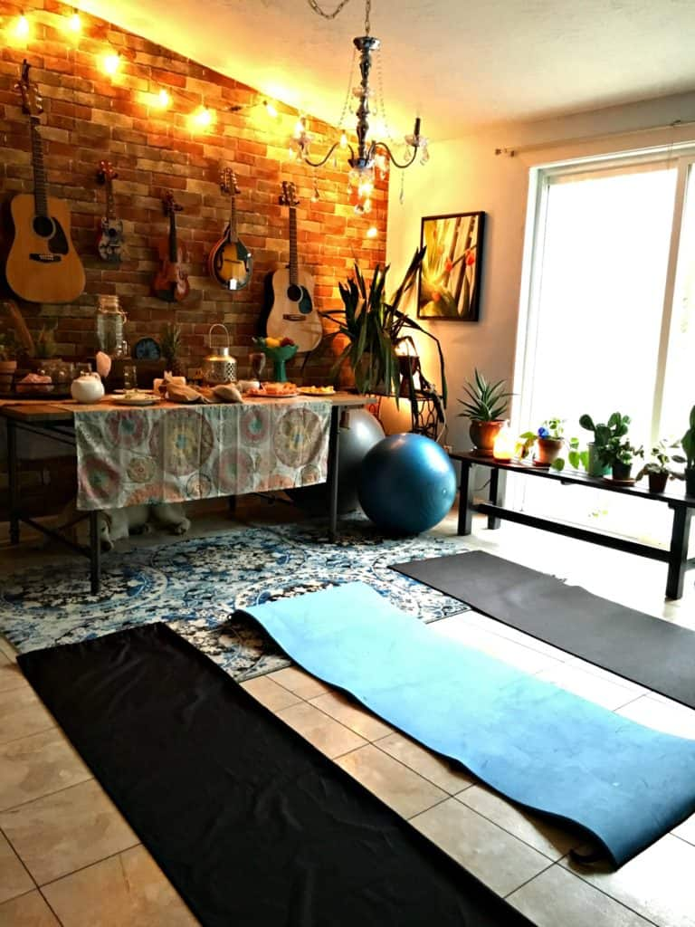 host-a-yoga-party1