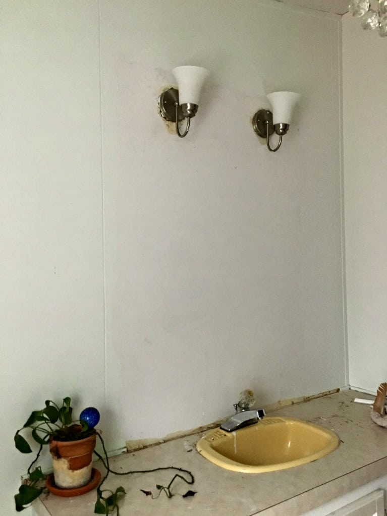 Bathroom wall no mirror wall primed with paint