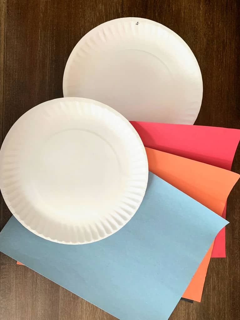 paper plates and construction paper. supplies for paper plate awards